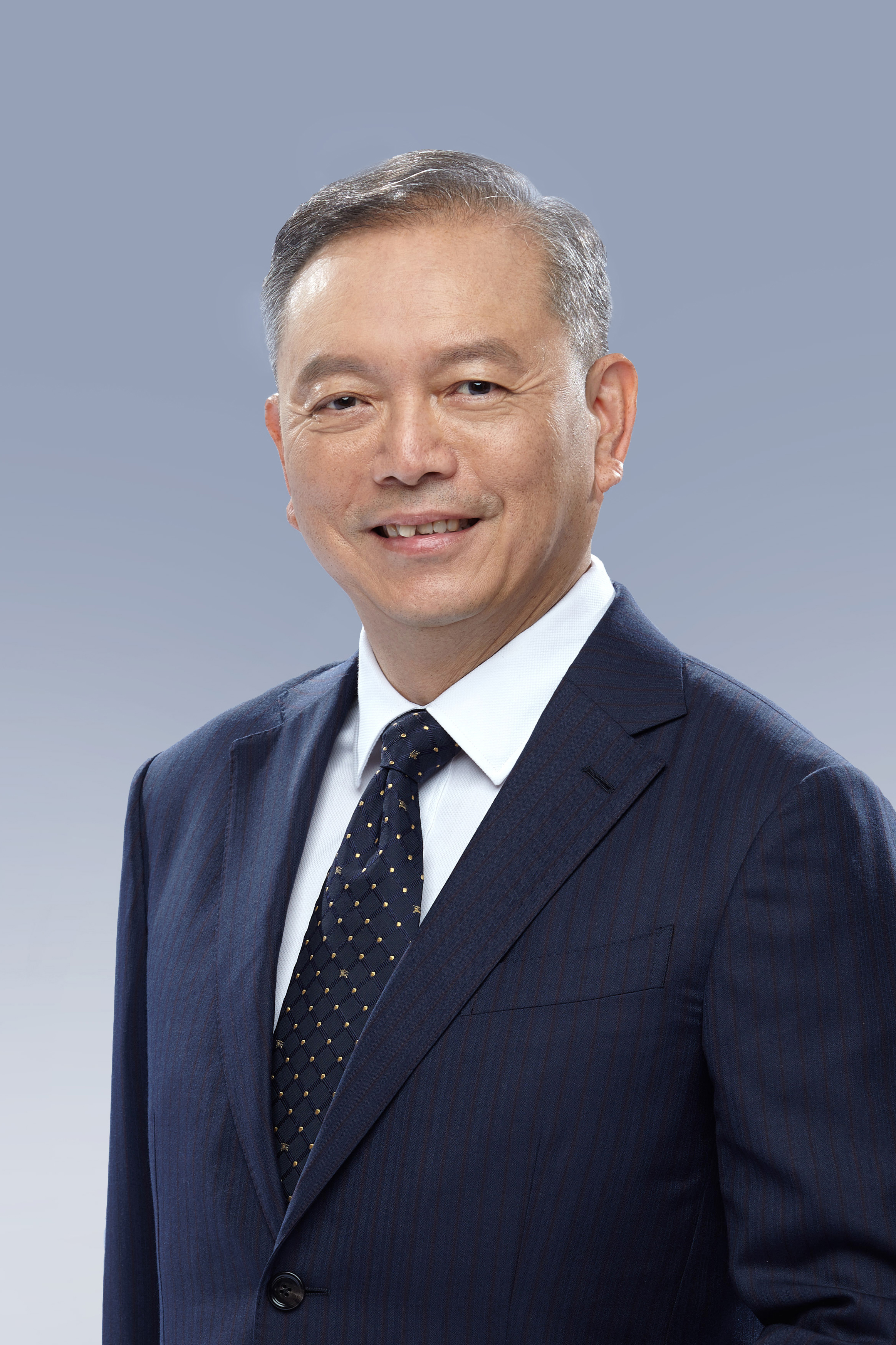 许国伟副董事长 Vice Chairman Mr. Hooy Kok Wai